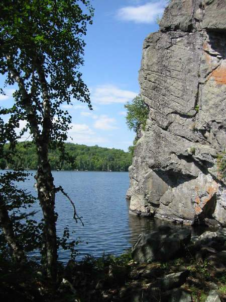 Diamond Lake Cliffs